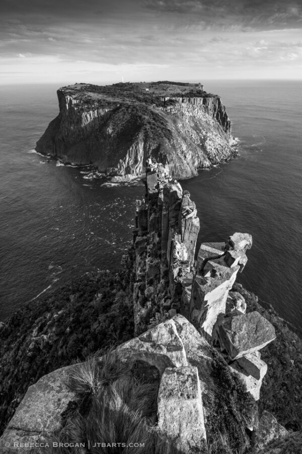 Tasman Island from the Blade, Cape Pillar, Three Capes Track walk, Tasmania.
