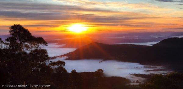 Derwent Jerry, Bridgewater Jerry sunrise, Hobart, Tasmania.